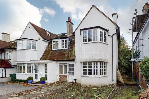 4 bedroom semi-detached house for sale - West Avenue, London NW4