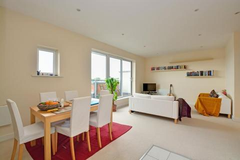 2 bedroom flat to rent - Rosse Gardens, Desvignes Drive, Hither Green, London, SE13