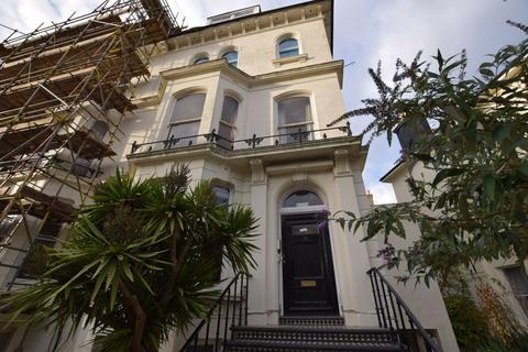 1 bedroom flat for sale - Buckingham Road, Brighton BN1 3RA