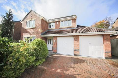 4 bedroom detached house for sale - Castle Hey Close, Bury