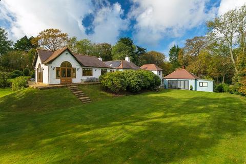 5 bedroom detached bungalow for sale - Saltwood