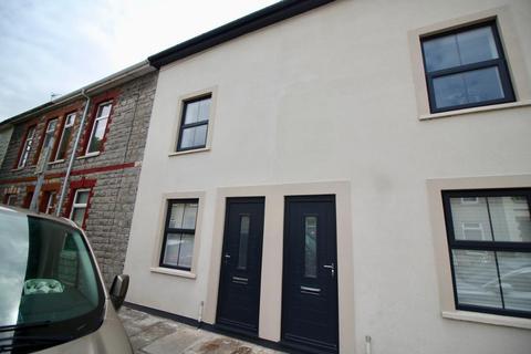 3 bedroom townhouse to rent - Plassey Street, Penarth, CF64 1EN