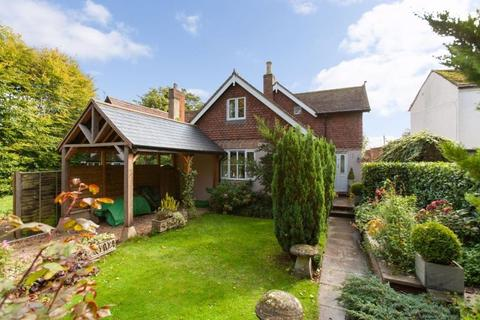 3 bedroom detached house for sale - Church Walk, Devizes, Wiltshire, SN10 3AA