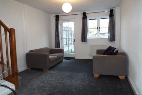 2 bedroom terraced house to rent - Riverside Court, Kings Norton, Birmingham, B38 8AA