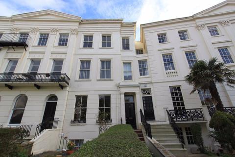 3 bedroom maisonette to rent - Montpelier Crescent, Brighton