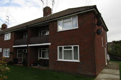 1 bedroom flat to rent - Buxton Drive, Bexhill-On-Sea