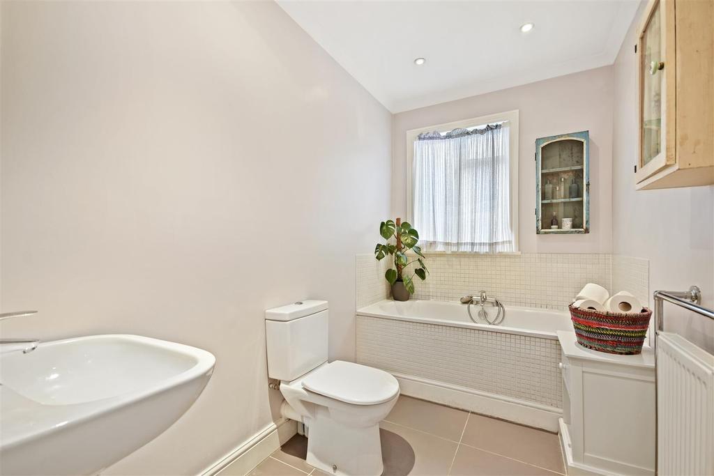 First Avenue   Bathroom3 1.jpg