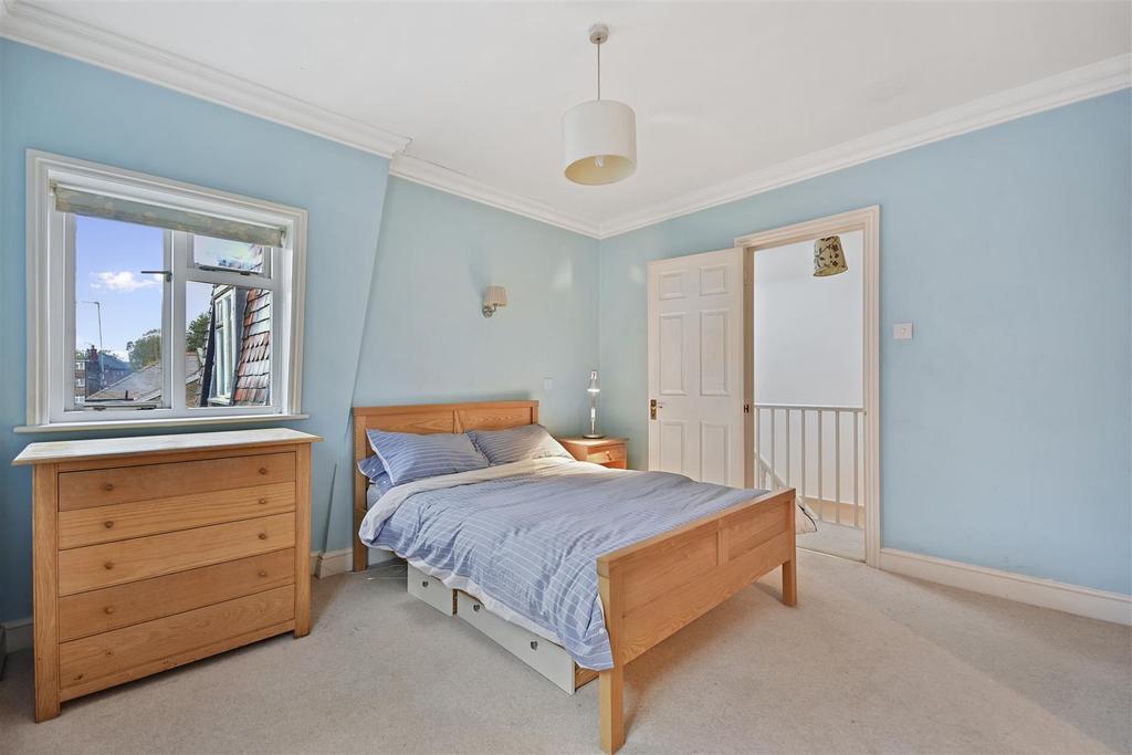 First Avenue   Bedroom D3 1.jpg