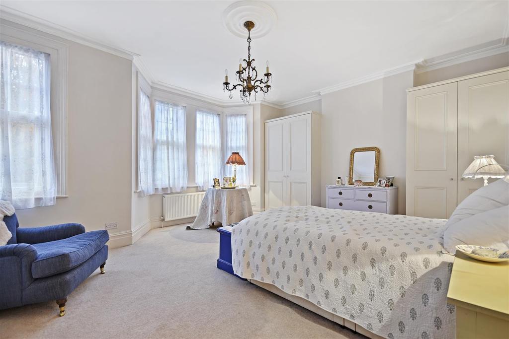 First Avenue   Bedroom B3 1.jpg