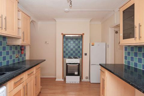 2 bedroom apartment to rent - Bear Road, Brighton
