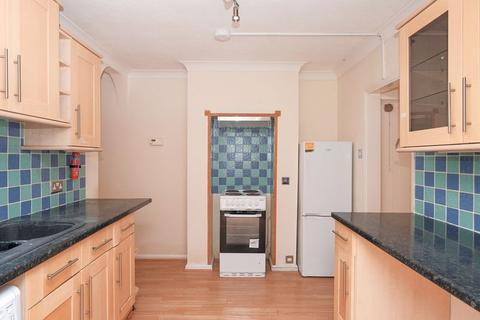 2 bedroom apartment to rent - Bear Road, Brighton