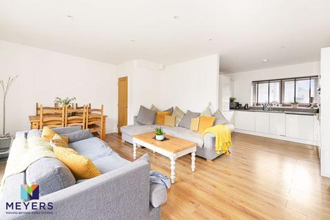 3 bedroom end of terrace house for sale - Balmoral Place, Ferndown Town Centre, BH22