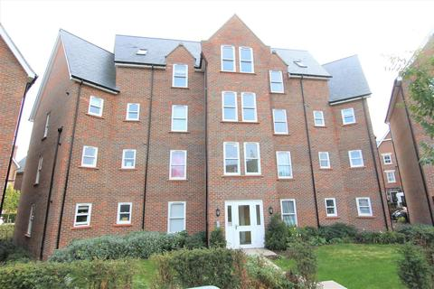 2 bedroom flat for sale - Wyvern Way, Burgess Hill