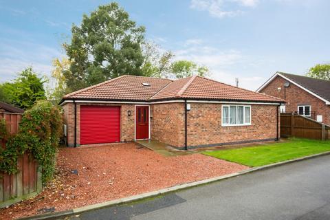 2 bedroom detached bungalow for sale - Little Clover, Beverley