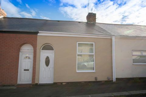 2 bedroom cottage for sale - Warennes Street, Pallion, Sunderland