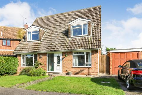 4 bedroom detached house for sale - Blenheim Close, Danbury, Chelmsford