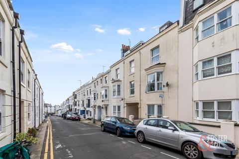 2 bedroom flat for sale - Farm Road, Hove