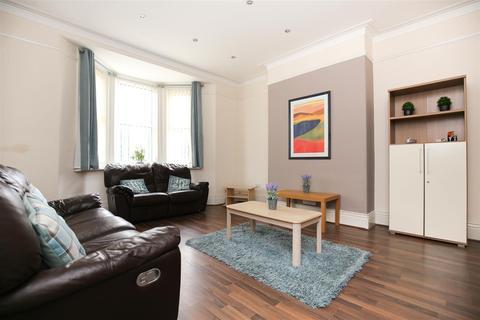 4 bedroom terraced house to rent - Rothbury Terrace, Heaton, NE6