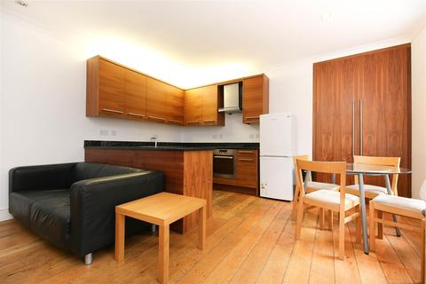 4 bedroom townhouse to rent - Tanners Court, City Centre, NE1