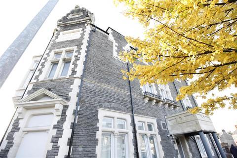 2 bedroom flat to rent - White Lion, Cowbridge Road West