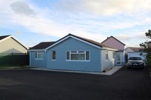 3 bedroom detached bungalow for sale - 1 Mile Aberaeron