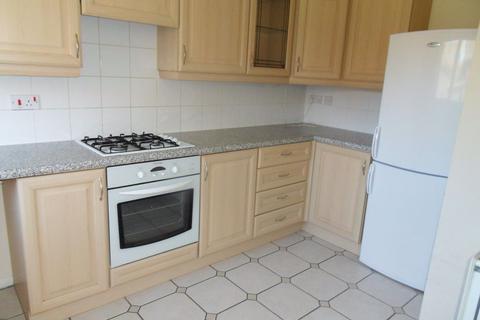 3 bedroom house to rent - Bayham Close, Bedford