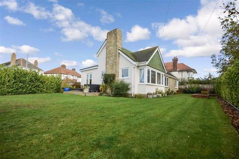 3 bedroom detached bungalow for sale - London Road, Ramsgate, Kent