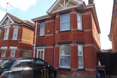 5 bedroom house to rent - OSBOURNE ROAD, WINTON