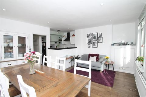 2 bedroom flat for sale - Holly Park Road, New Southgate, London