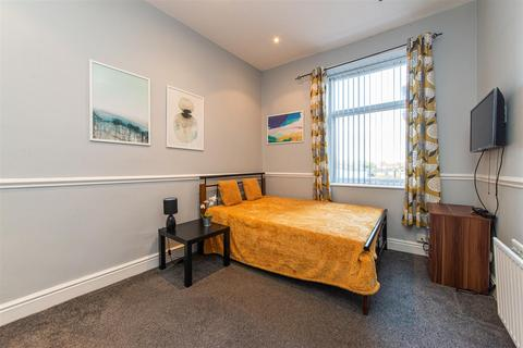 Studio to rent - Westgate Road, Fenham, Newcastle Upon Tyne