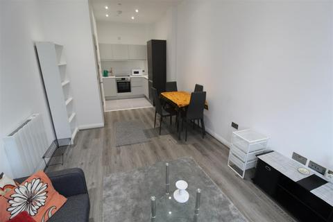 1 bedroom flat - 18 Corporation Street, Coventry