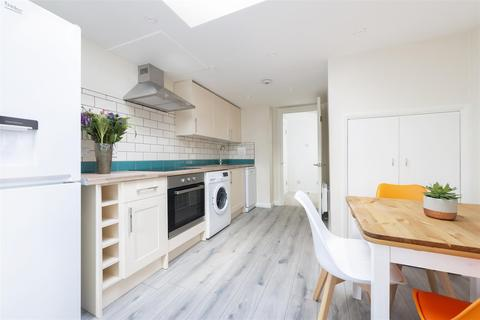 1 bedroom flat to rent - St. Georges Road, Golders Green, London NW11