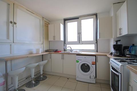 5 bedroom flat to rent - Glamis Road, London