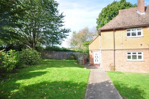 2 bedroom ground floor maisonette to rent - Friezland Road Tunbridge Wells TN4