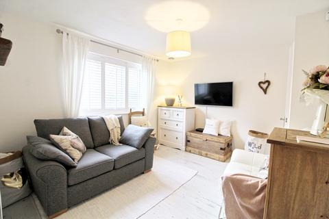 Studio to rent - Mornington Road, London , SE8