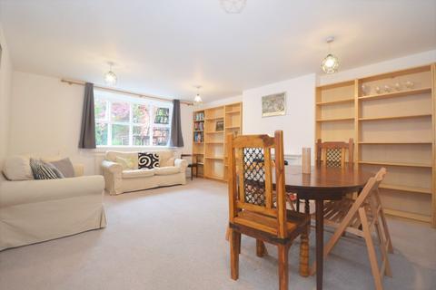 3 bedroom flat to rent - Heathfield Road, Acton W3 8EL