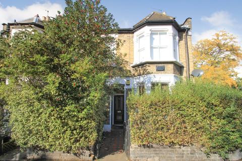 2 bedroom flat to rent - Richmond Road, Leytonstone, London, E11 4BS
