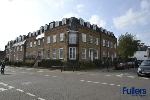 2 bedroom apartment for sale - Repton Court, The Green, Winchmore Hill, London N21