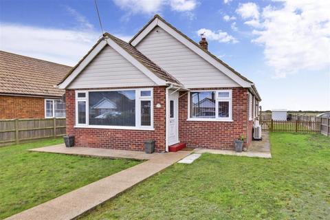 3 bedroom detached bungalow for sale - Leonard Road, Greatstone, New Romney, Kent