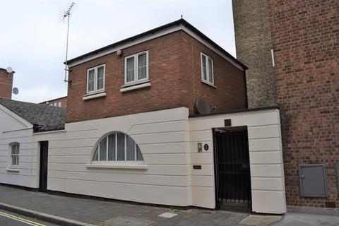 2 bedroom mews to rent - Daventry Street, Marylebone NW1
