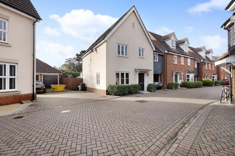 4 bedroom link detached house for sale - Taylor Way, Chelmsford