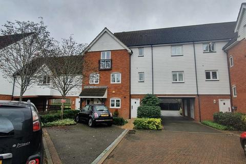 2 bedroom apartment to rent - Galloway Drive, Kennington
