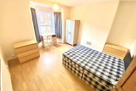 4 bedroom house share to rent - Barclay Street, Off Narborough Road, Leicester, LE3 0JE