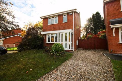 3 bedroom detached house for sale - Fawley Close, Willenhall
