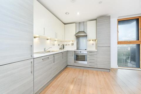 2 bedroom flat to rent - Province Square, London E14