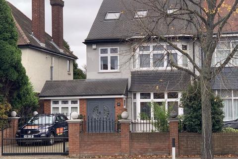 5 bedroom semi-detached house for sale - Village Road, Enfield