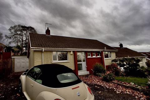 2 bedroom semi-detached bungalow for sale - Greenfield Crescent, Llansamlet. Swansea