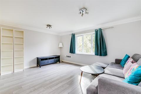 2 bedroom flat to rent - Magdalen House, Devonshire Street, London