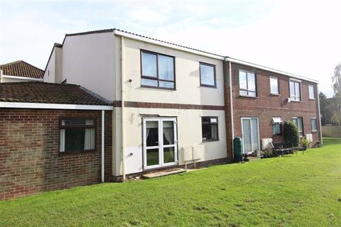 1 bedroom flat for sale - Whitefield Road, New Milton, Hampshire