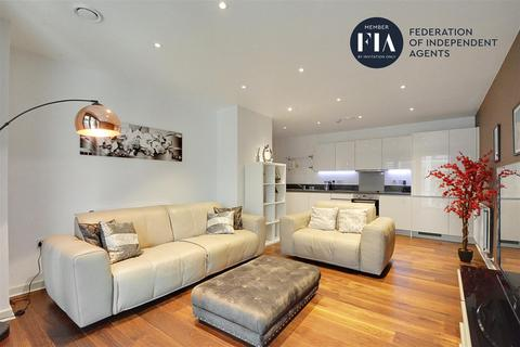 2 bedroom apartment for sale - Westgate House, Great West Quarter, Brentford